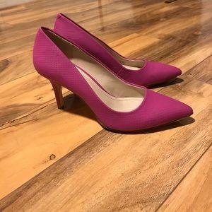 Fusia pink pumps EUC size 6.5